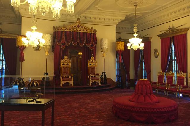 イオラニ宮殿のオーディオツアー