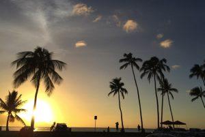 ハレイワビーチパークの夕日